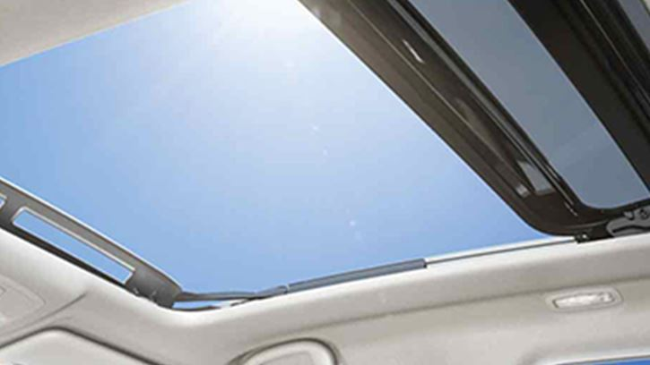 Suzuki Vitara Panoramic Sunroof